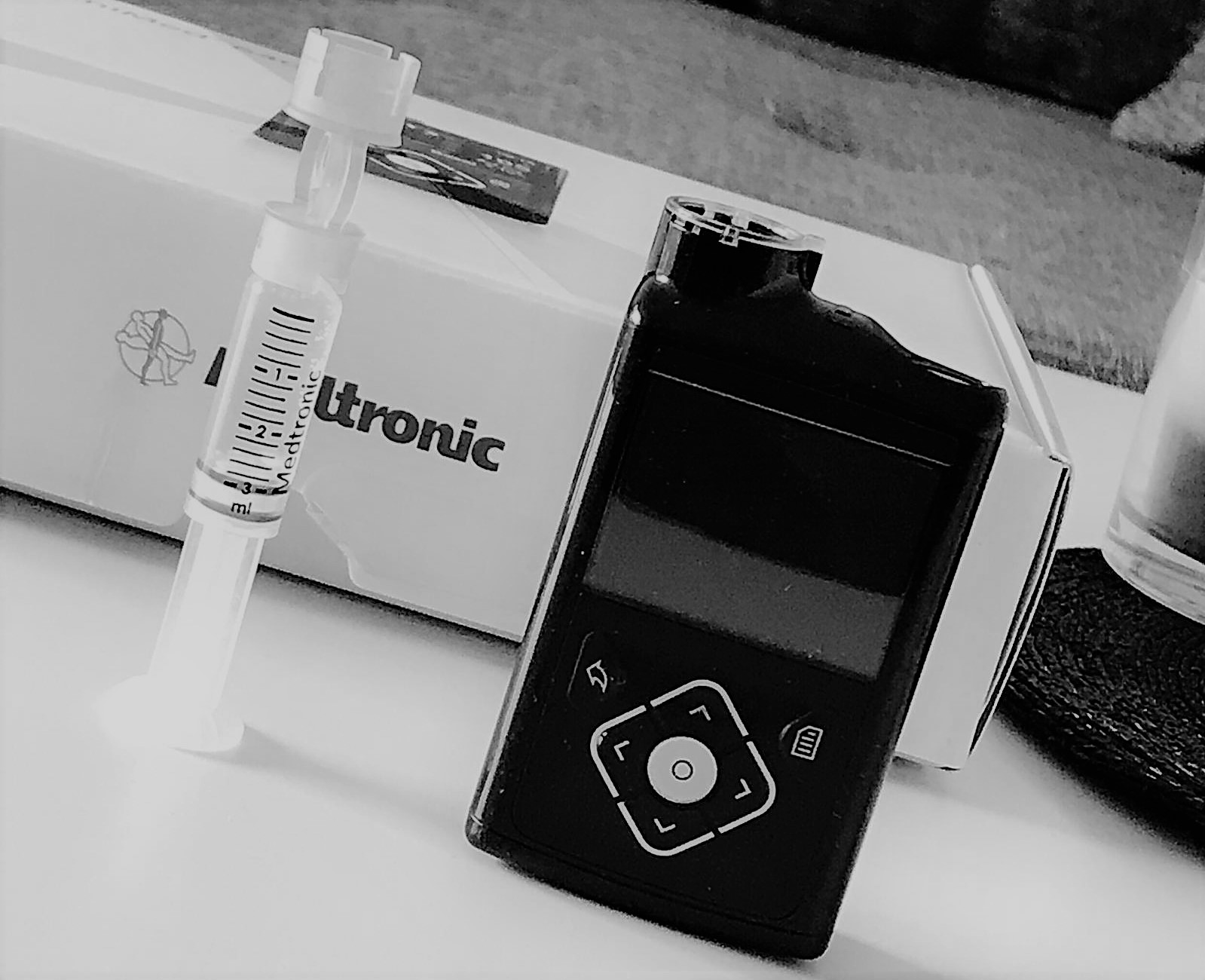 #implantfiles – Angst vor Insulinpumpen als Geschäft: Die Süddeutsche Zeitung ist ein renommiertes Presseorgan in Deutschland. In gewisser Weise halten sie das Fähnchen des klassischen Journalismus hoch und investieren noch in investigative Stories. Die aktuelle Enthüllung läuft unter #implantfiles und fokussiert mehrere Medizinprodukthersteller. Deren Produkte sollen Menschen geschadet haben, anstatt ihnen zu helfen.